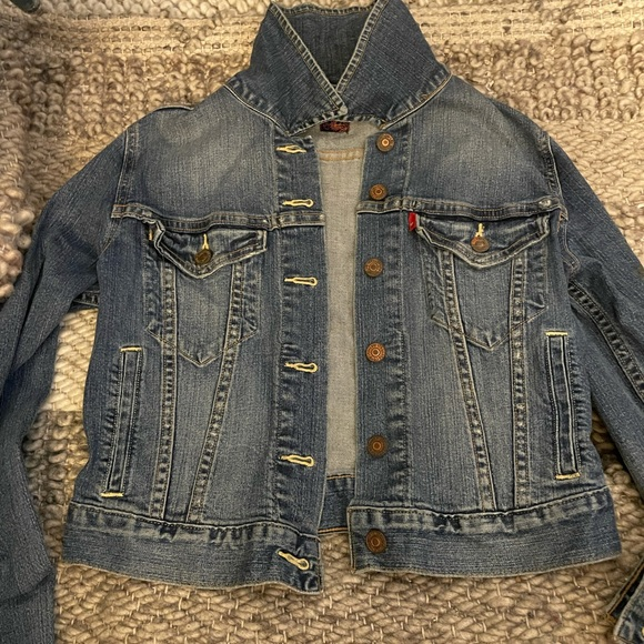 Levi's blue Jean jacket |Size Small
